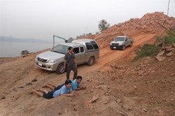 smugglers apprehended